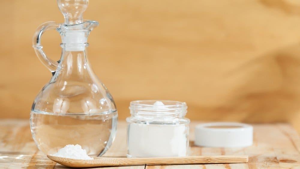 Bicarbonate de soude et vinaigre blanc : Quelle est leur utilité