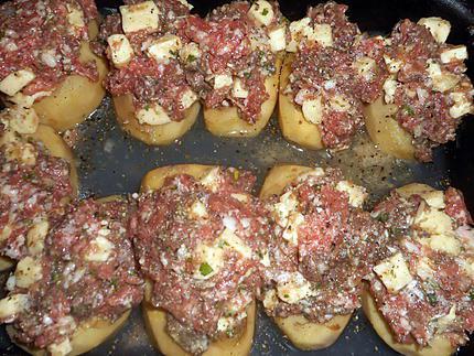 Comment préparer les Pommes de terre farcies à l auvergnate etape 3