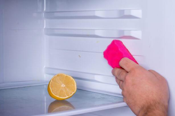 Citron et bicarbonate de soude contre les odeurs